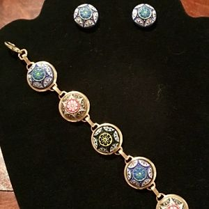 Handcrafted 1950s Button Necklace and Earrings